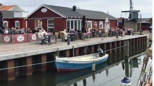 Fiskehandler udvider med opkøb