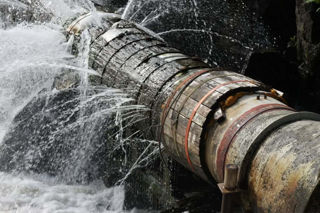 brud på vandledning