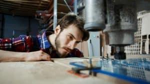 Flere unge søger erhvervsuddannelse