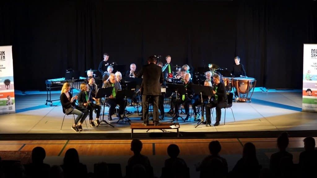 RISK Concert Band juler på Generator