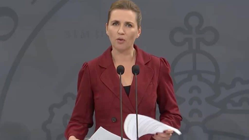 På pressemødet i dag fremlagde Regeringen ny styrelse og ny teststrategi