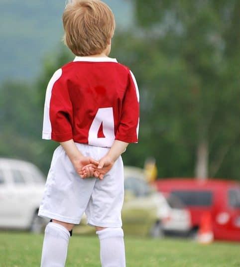 Regeringen har meldt nye retningslinjer ud for fase 2 og fase 3 i genåbningen af Danmark, der gør det muligt at gennemføre årets fodboldskoler.