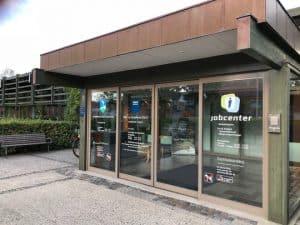 Døren til Borgerservice og Jobcenteret åbnes igen fra på tirsdag - hvis man har bestilt tid.