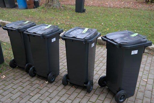 Bred politisk aftale sikrer grøn affaldssektor i 2030 - affaldsspande