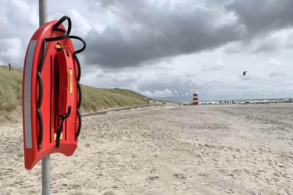 Nyt redningsudstyr testes på Hvide Sande Strand. Vil du være med?
