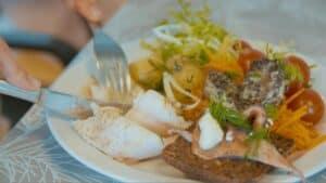 Nu bliver det lettere at spise klimavenligt - foto: Mere fisk i kantinen