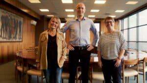 I tre film fortæller Lise Juhl Hansen, Jesper Lærke og Irene Lund Pedersen, der alle blev valgt ind i byrådet for første gang ved forrige kommunalvalg, om livet som lokalpolitiker.