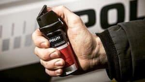 Aflever din peberspray til politiet