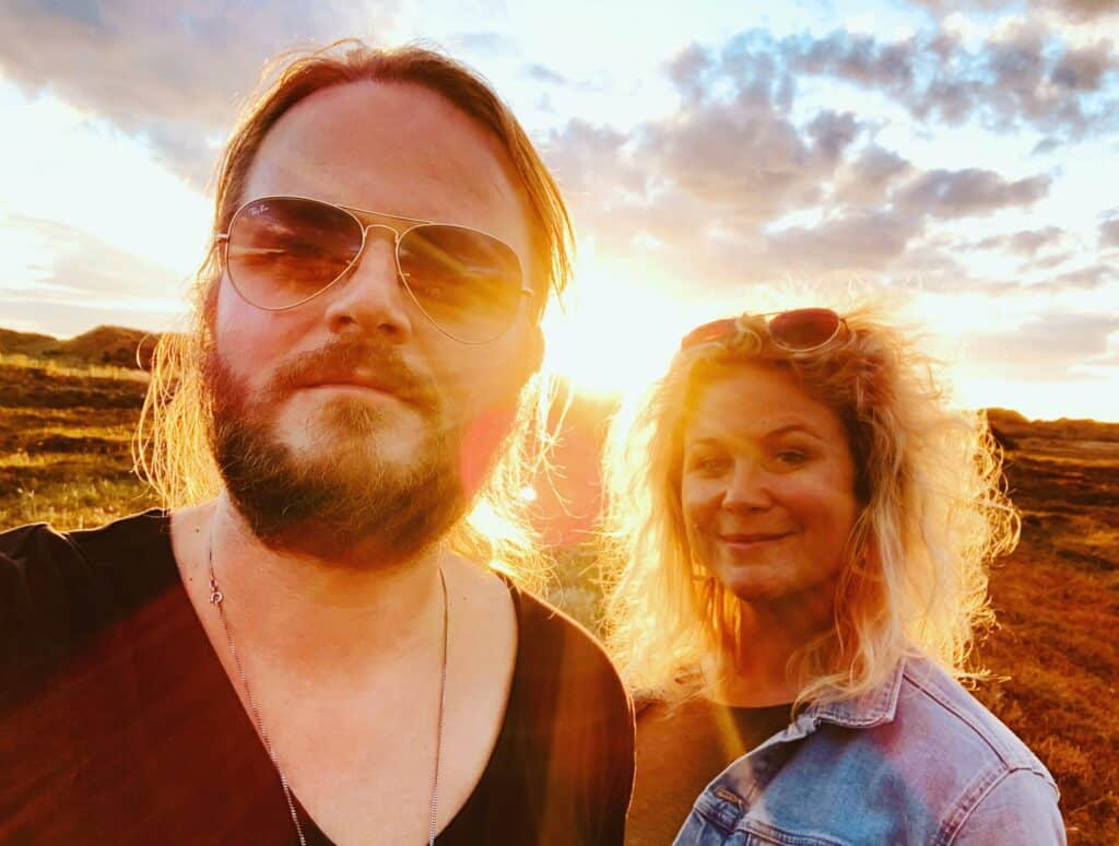 Musikerpar tilbage i Hvide Sande - foto: Silje Holtan og Kennet Lauridsen