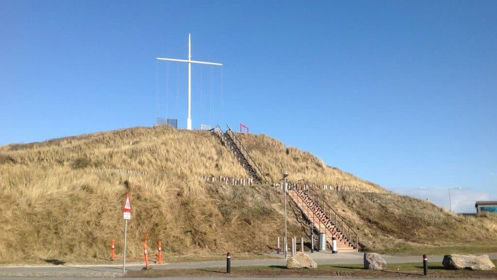 Meld dig til det virtuelle møde omkring Hvide Sande's »Bjerg« på torsdag