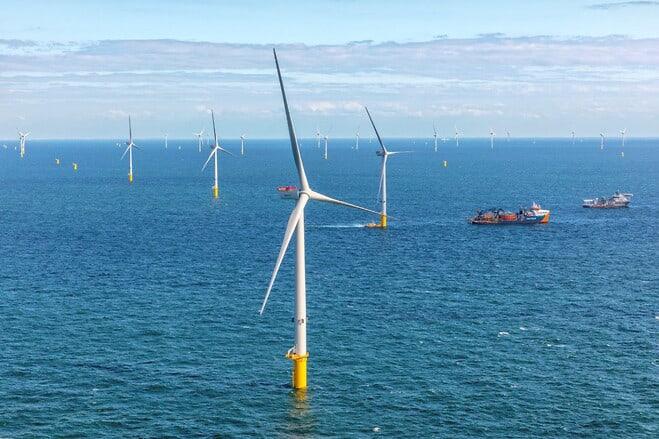 Seasight Davits skal levere 27 kraner til tysk havmøllepark foto: Vestas