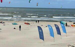 Verdens bedste kitesurfere er i Hvide Sande. Foto : Brian Engblad/Oddhunt.com